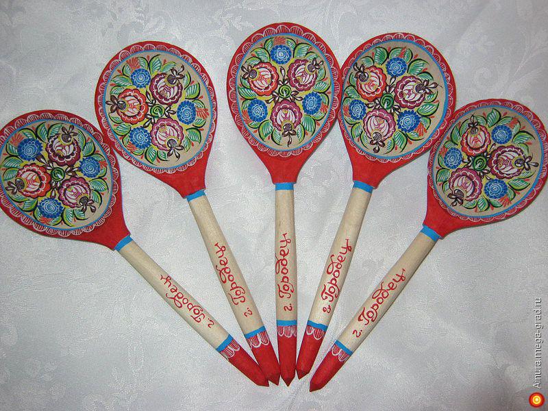 Посуда городецкой росписью 18